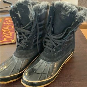 Never worn new without tags, Khombu winter boots.